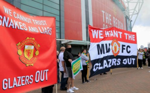 'United raakt door Old Trafford-bestormers sponsor van 230 miljoen euro kwijt'