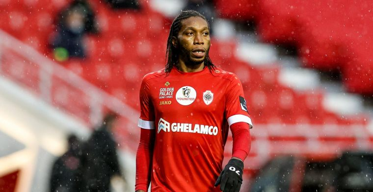 Mbokani speelt Anderlecht aan flarden, Kompany toont zijn respect