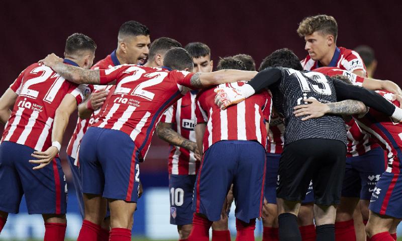 Afbeelding: Atlético Madrid ontwijkt bananenschil, kampioenschap Barcelona lijkt onmogelijk