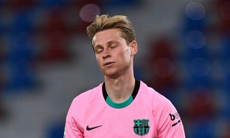 Afbeelding: 'Magische' De Jong kon Barça niet redden: 'Hij is de jongen die echt overal is'