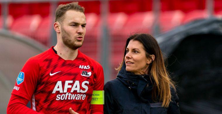 PSV vindt bij AZ tijdelijk opvolger van herstellende perschef Thijs Slegers