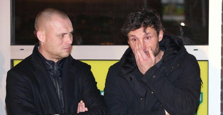 Update: 'Van Bommel tekent voor twee jaar en neemt ook PSV-jeugdtrainer (24) mee'