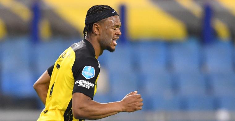 'Vitesse slaagt erin om Openda te verleiden tot extra seizoentje in de Eredivisie'
