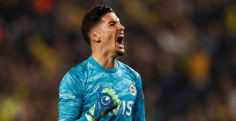 Ajax wil nog een keeper halen en informeert in Turkije