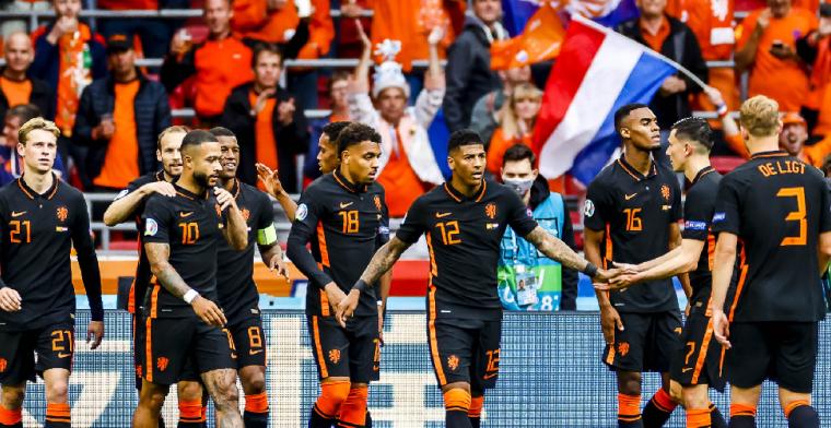 Memphis en Wijnaldum blinken uit bij derde groepszege van Nederland
