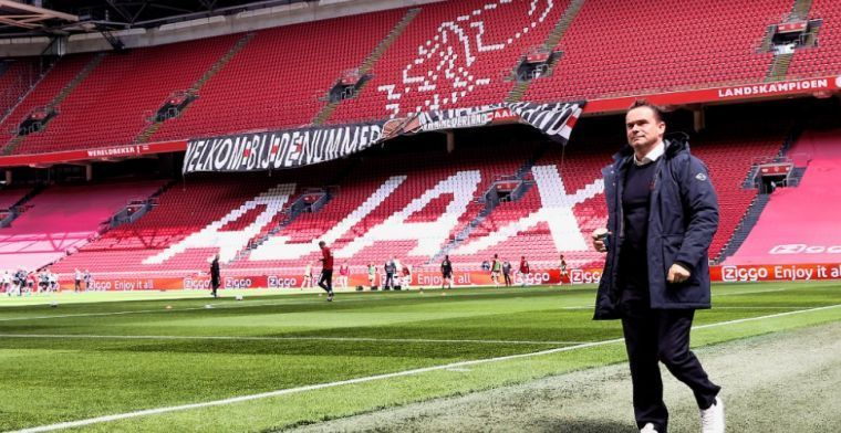 Nieuws uit Amsterdam: Ajax deelt contract voor drie jaar uit aan groot talent