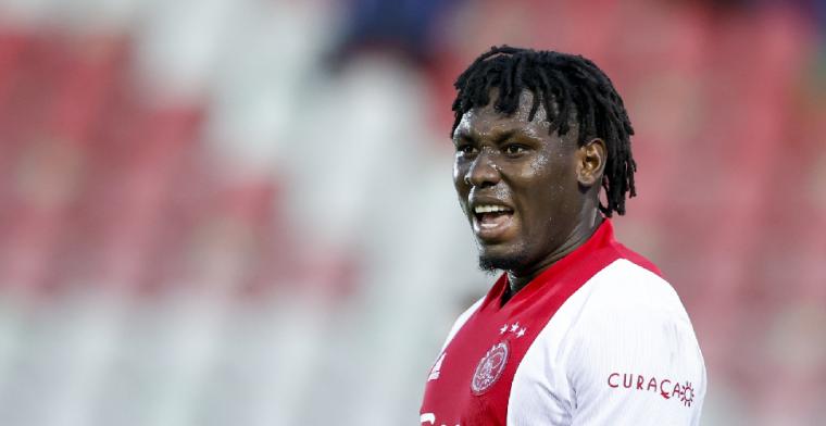 Verhaal achter Traoré-vertrek bij Ajax: 'De trainer vindt hem de ideale spits'