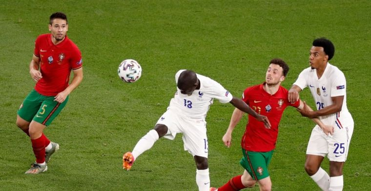 Portugal en Frankrijk verdelen vier doelpunten en overleven poule des doods