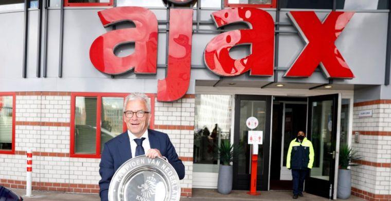 KNVB benoemt Gudde en voormalig Ajax-CEO Sturkenboom tot bondsridder