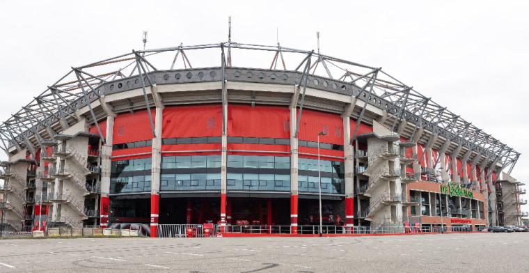 'FC Twente heeft nieuwe aanvaller binnen en houdt middenvelder binnenboord'