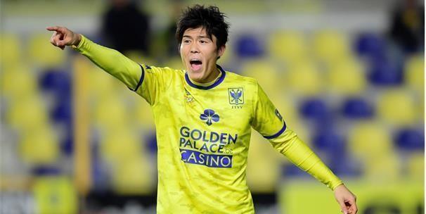 UPDATE: 'Tottenham nadert deal rond Tomiyasu (ex-STVV), vette som én bonussen'