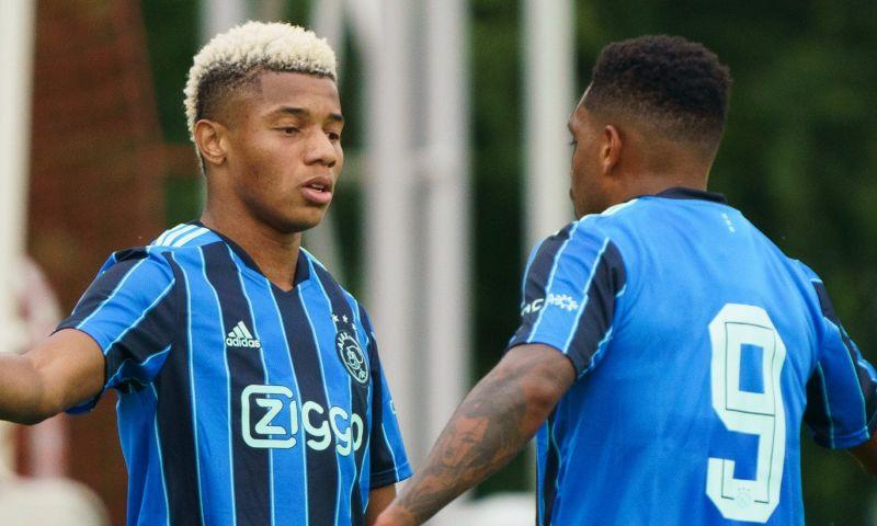 Afbeelding: Ajax blijft na turbohattrick van Neres op zes goals steken tegen Koninklijke HFC
