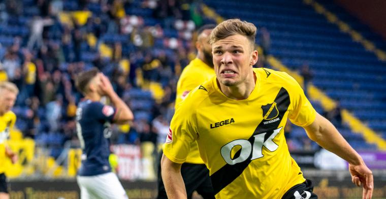 Van Hooijdonk heeft droomtransfer te pakken: spits verkast definitief naar Serie A