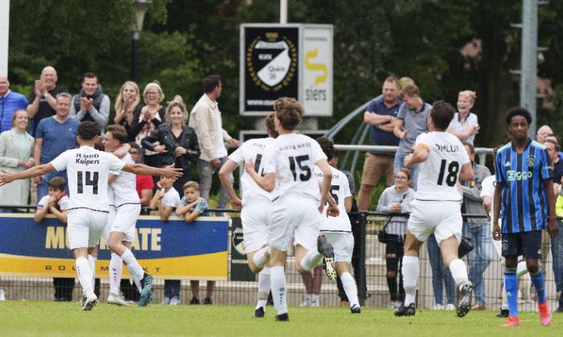Afbeelding: Amateurs stunten tegen Ajax: 'Het was mijn afscheidswedstrijd'