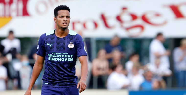 Ihattaren presenteert zich bij PSV: 'Iedereen kent de historie, niet makkelijk'