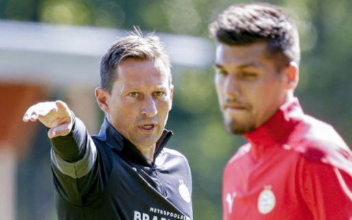 Afbeelding: Piroe introduceert leermeester Van Nistelrooy in Wales: 'Geweldig, grootse dingen'