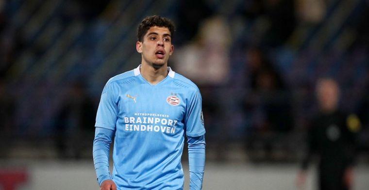 PSV heeft twee nieuwe profspelers en verlengt met talentvolle aanvaller (18)