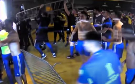 Afbeelding: Boca-spelers op de vuist met tegenstander, stewards én Braziliaanse politie
