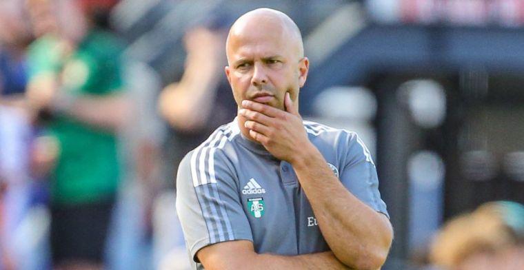 Slot legt vinger op zere Feyenoord-plek: 'Selectie is niet op orde'