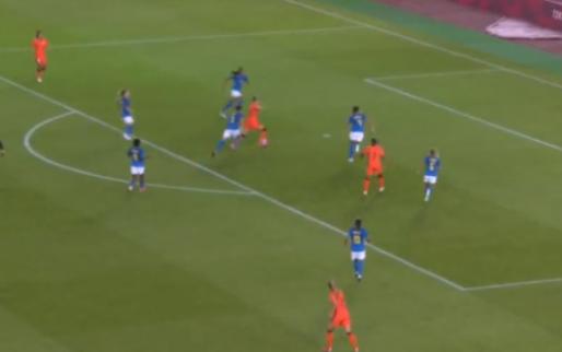 Het fenomeen: Miedema scoort al na drie minuten voor Oranje Leeuwinnen