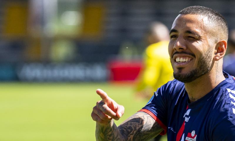 Afbeelding: El Chiringuito: FC Emmen-speler Peña kan fraaie move naar Spanje maken