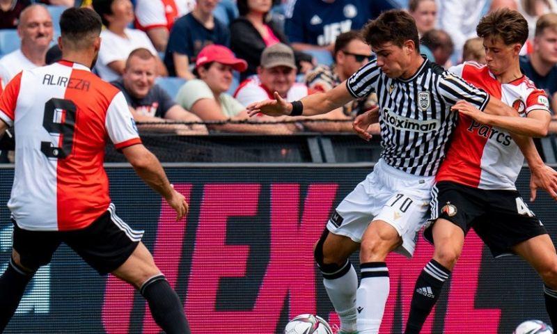 Afbeelding: PAOK straft persoonlijke Feyenoord-fouten af en wint in De Kuip