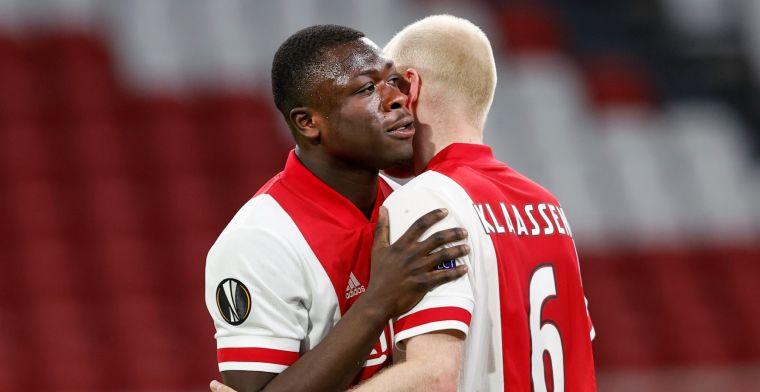 Brobbey kreeg bezoek in Amsterdam: 'Vlammende toespraken, verstand van voetbal'