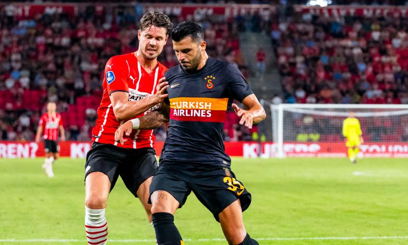 Afbeelding: PSV krijgt straf opgelegd voor wangedrag op tribune tijdens duel met Galatasaray