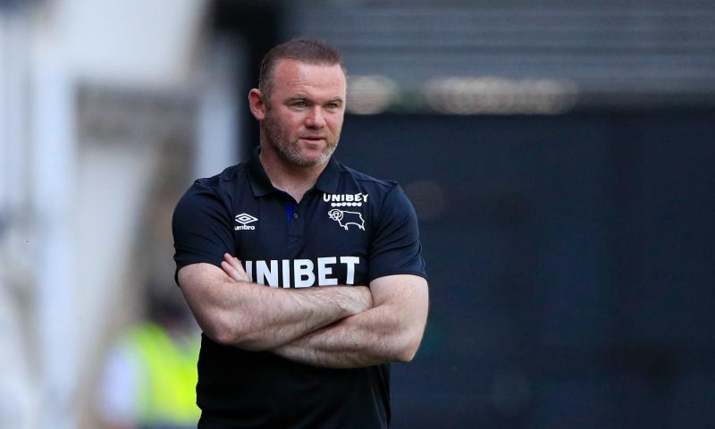 Afbeelding: 'Rooney blijft ondanks naaktfoto's en blessuregeval op training manager bij Derby'