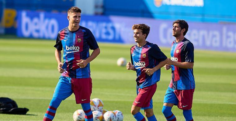 Buitenspel: Piqué gaat viral met reactie op Barça-foto, Van Persie ligt dubbel