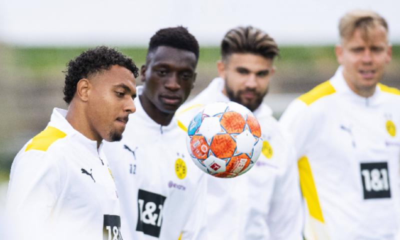 Afbeelding: Dortmund tempert verwachtingen rond Malen: 'Geen nieuwe Jadon Sancho'