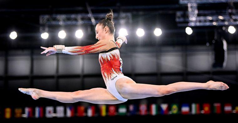 Voetbalwereld juicht mee met gouden medaille voor turnster Derwael: 'Nina!!!'