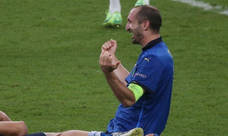 Afbeelding: 'Chiellini (36) krijgt een nieuw contract én gaat door bij Italië'