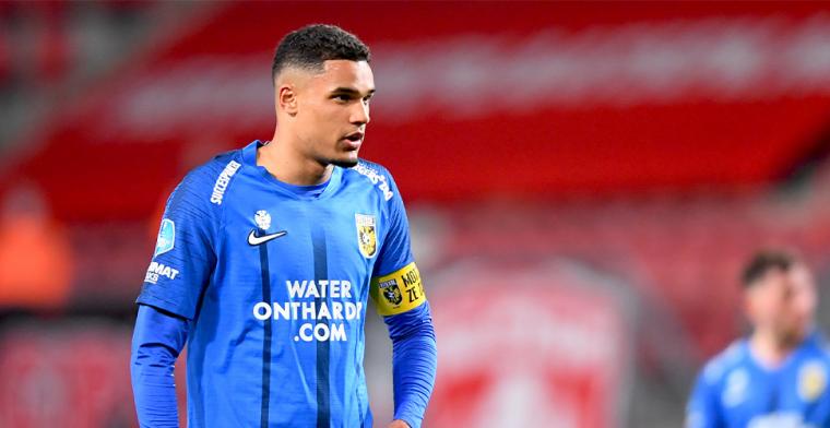 Aan transfer gelinkte Doekhi volgt Pasveer op bij Vitesse