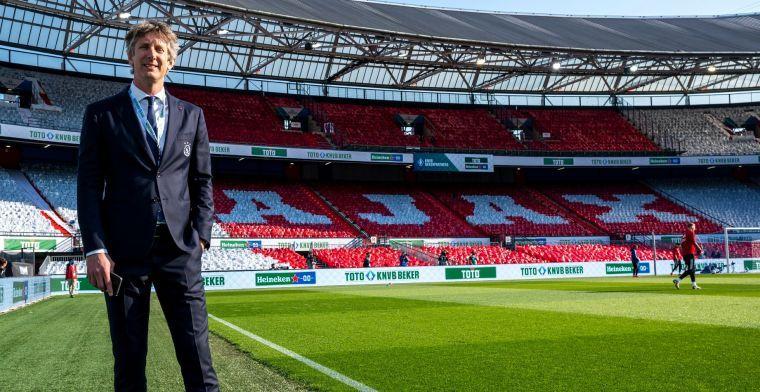 Van der Sar reageert op lastig Ajax-dossier: 'Redelijk goed contact met Andre'