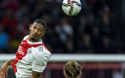 Van der Vaart buigt zich over spitspositie Ajax: 'Ik vind hem beetje tegenvallen'