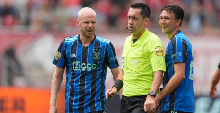 De Boer ziet 'veel irritatie' bij Ajax: 'Moet met je poten van iemand afblijven'