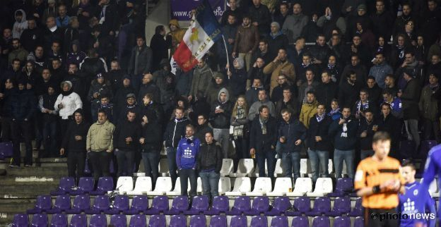 Honderdtal Beerschot-supporters is slechte resultaten beu en komt verhaal halen