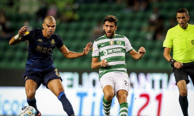 Afbeelding: Actie van Porto-verdediger Pepe houdt Sporting bezig in aanloop naar 'Ajax'