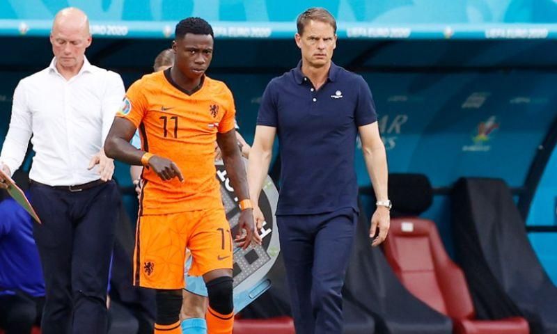 Afbeelding: De Boer koestert geen wrok: 'We weten allemaal dat hij een toptrainer is'