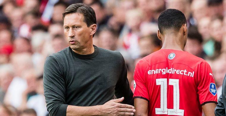 Schmidt uitgefloten door PSV-supporters: 'Die komt echt onder druk te staan'