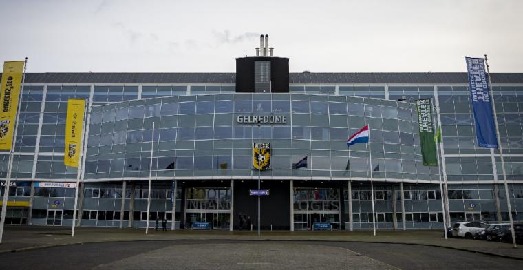 LIVE-discussie: Letsch voert Vitesse-mutaties door tegen ongewijzigd FC Twente