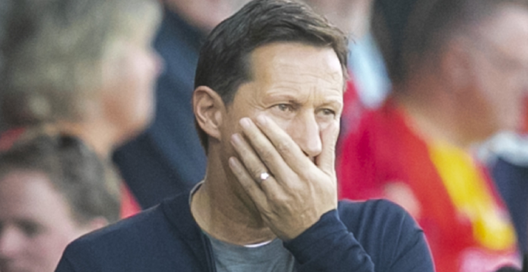 Schmidt: Het zegt misschien dat Ajax veel meer budget heeft dan PSV