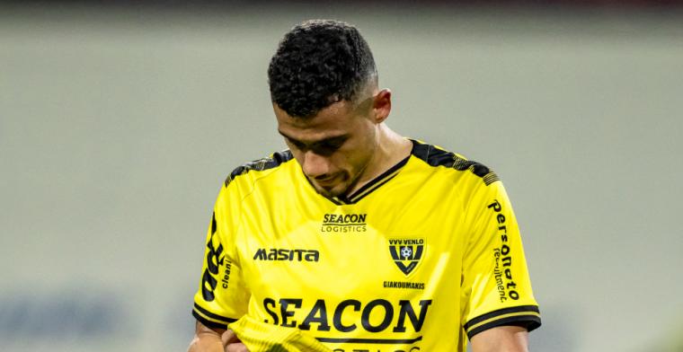 Giakoumakis haakt in warming-up van debuutduel af: 'Vast onder een ladder gelopen'