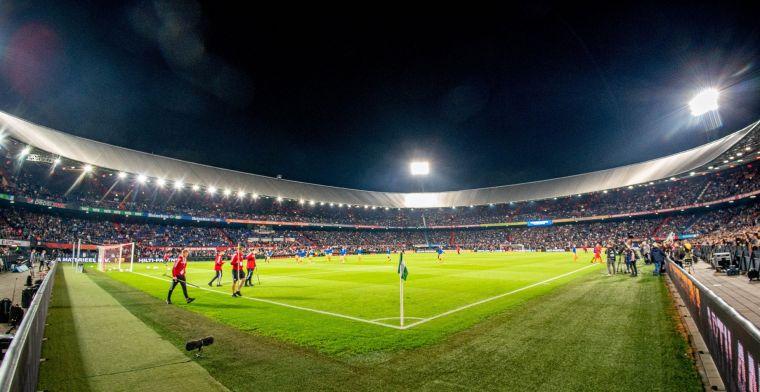 Supporters verzorgen eerste fluitsignaal tijdens eerste weekend met volle stadions
