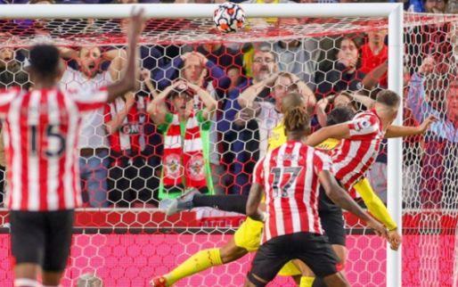 Afbeelding: Liverpool geeft twee keer voorsprong weg en profiteert half van falen concurrentie