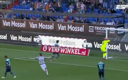 De beelden: Drommel aangeslagen na ketser, PSV slikt dure nederlaag in Tilburg