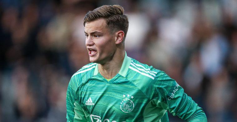 Jong Ajax-keeper baalt na winst: 'Sorry voor taalgebruik, maar dit is pijnlijk'