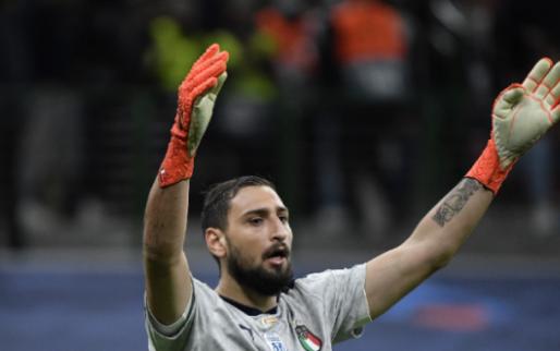 Afbeelding: Mancini tikt Italiaanse fans op de vingers: