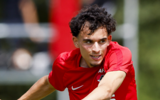 Europese clubs houden situatie AZ'er Taabouni in de gaten
